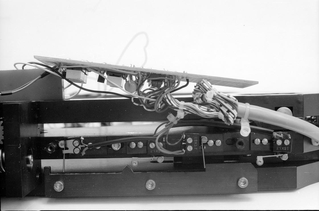 Stw8406