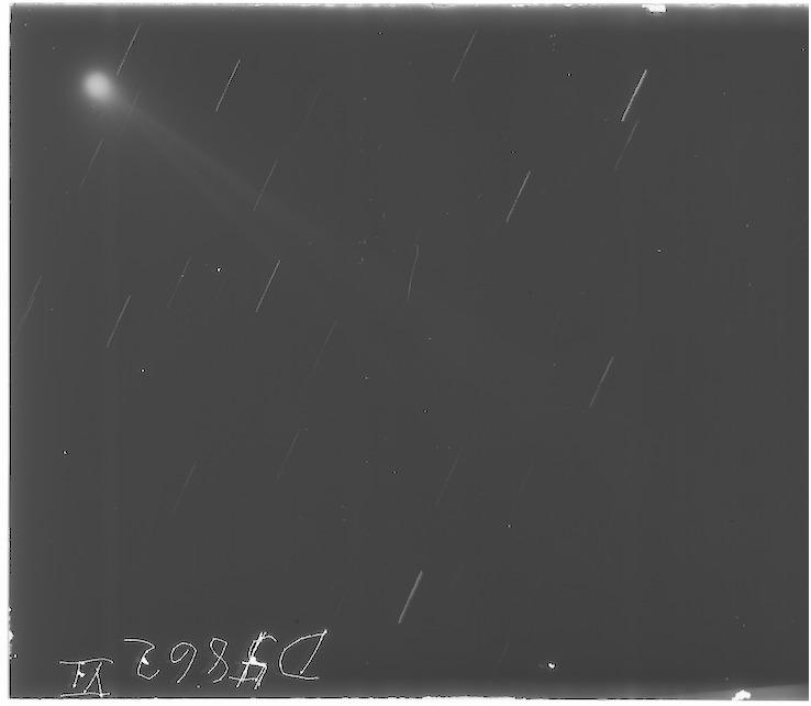 D4862_6p