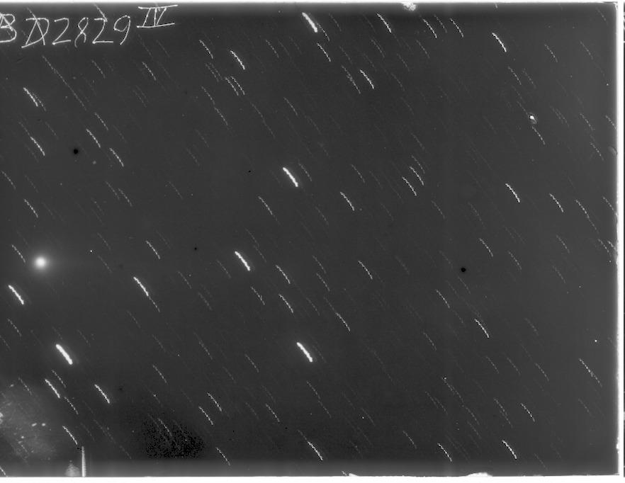 B2829_4p
