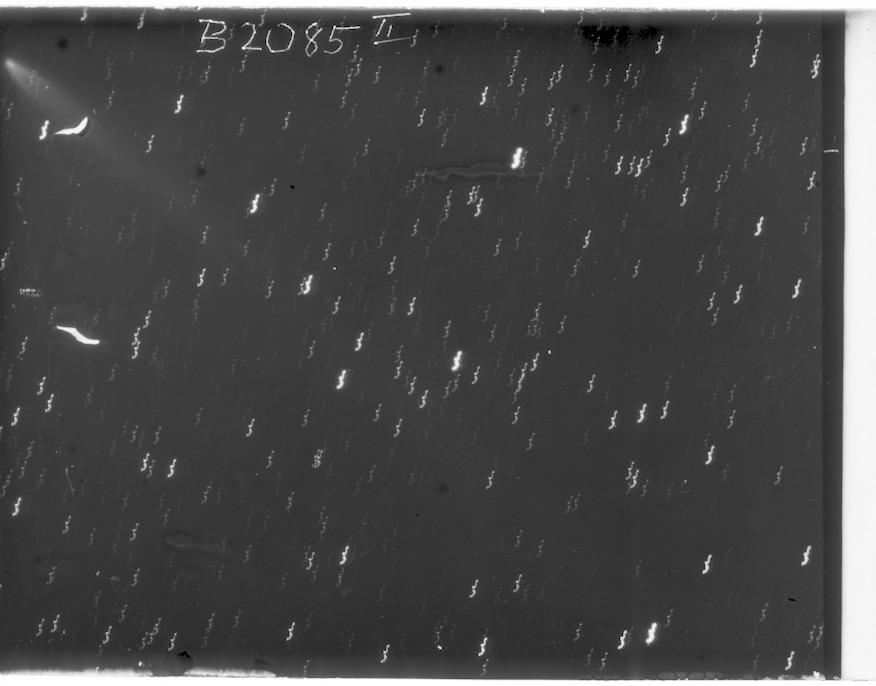B2085_2p